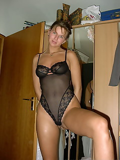 Amatuer milf tall smoking